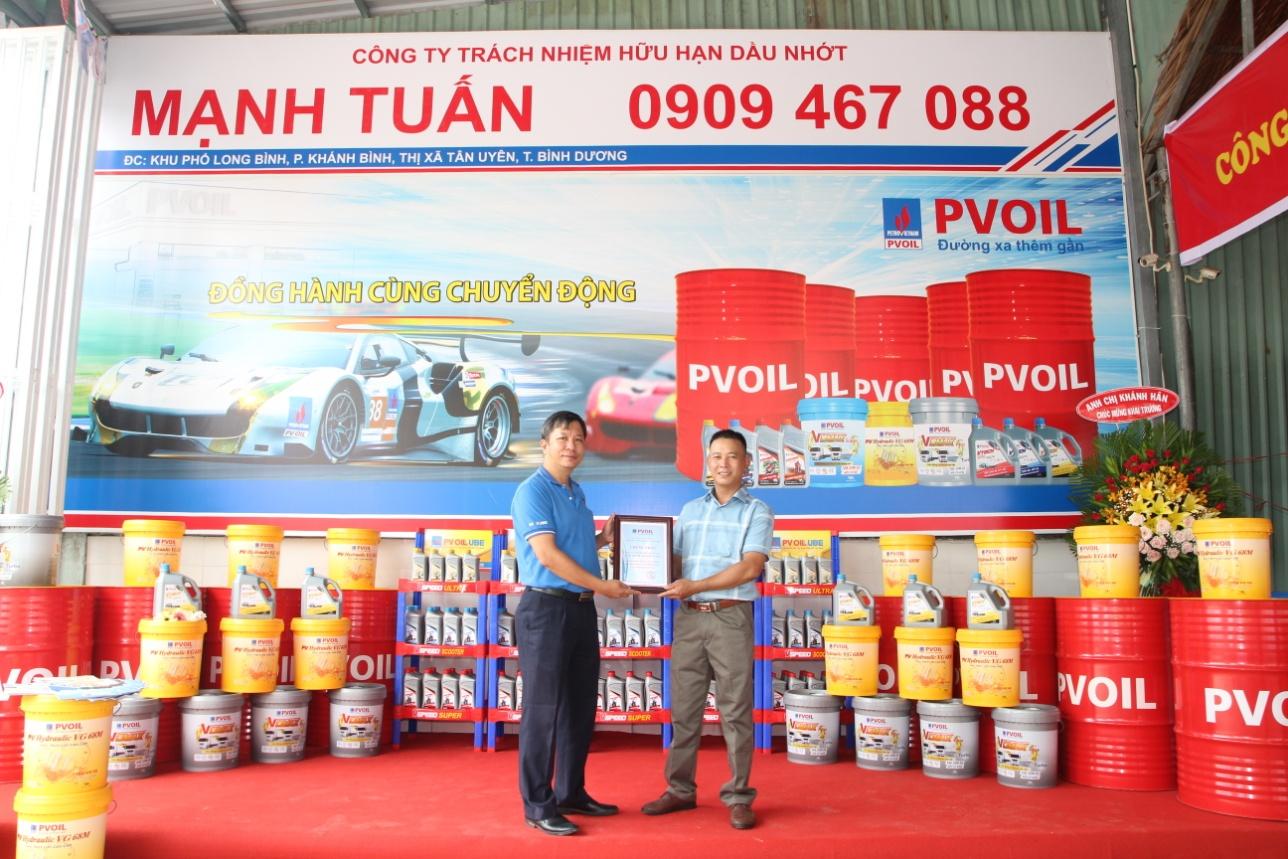 Công ty Cổ phần Dầu nhờn PV OIL ra mắt nhà phân phối Mạnh Tuấn